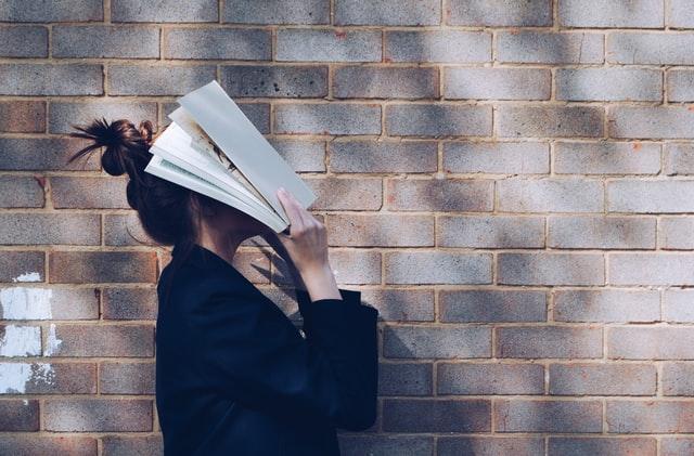 【英単語を忘れるのは当たり前!?】脳科学に基づいた効率的な暗記法
